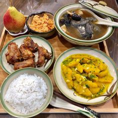 Daily Meals, School Lunch, Curry, Ethnic Recipes, Food, School Lunch Food, Curries, Essen, Meals