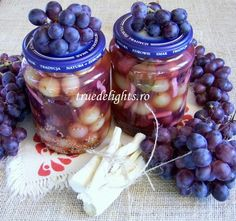 pickled grapes (4)