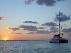MustDo.com | Kathleen D Sailing Catamarans offers a variety of affordable sailing experiences starting at just $55 per person. Gulf of Mexico Sunset Cruise Sarasota, FL