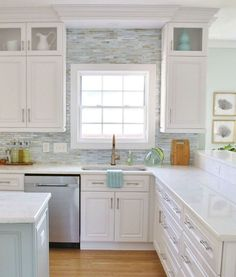 31 Elegant White Kitchen Cabinets Decor and Design Ideas