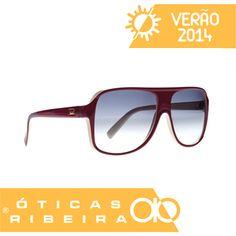 16336c245 O óculos de sol Evoke modelo 04, possui a armação em Bioplastic®, matéria