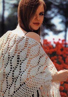White Pineapple Shawl free crochet graph pattern