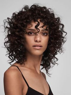 """ZsaZsa Bellagio - - lucesolare: """"Frida Munting by Felicity Ingram for Harrods F/W 2016 Beauty """" Curly Hair With Bangs, Haircuts For Curly Hair, Curly Hair Cuts, Wigs With Bangs, Short Curly Hair, Hairstyles With Bangs, Wavy Hair, Curly Hair Styles, Updo Curly"""