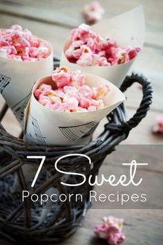 Kids Party Food Ideas: 7 Sweet Popcorn Recipes - Spaceships and Laser Beams Sweet Popcorn, Popcorn Snacks, Popcorn Recipes, Popcorn Cones, Flavored Popcorn, Popcorn Bar, Gateau Baby Shower, Wedding Cake Alternatives, Party Treats