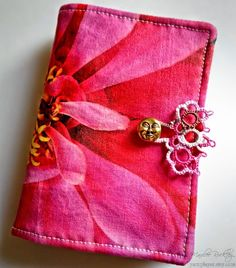 """Needlebook with tatted closure and """"Roses"""" HDT"""