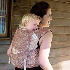Toddler size: Fidella Fly Tai - Mei Tai baby carrier  Gloria -bronze-  https://fidella.org/en/toddler-size-fly-tai-baby-carrier-limited-edition-gloria-bronze-2nd-choice
