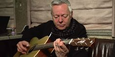 Reverb was lucky enough to catch up with Australian guitar virtuoso Tommy Emmanuel and talk shop as he passed through Milwaukee.