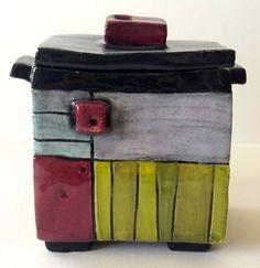 Inspirace | Dana KERAMIKA Pottery Pots, Slab Pottery, Ceramic Pottery, Slab Ceramics, Rustic Ceramics, Ceramic Boxes, Ceramic Clay, Clay Box, Pottery Handbuilding