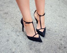 Pointed sandal heels