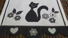 Pano de prato em tecido de algodão, aplicações em tecido de algodão detalhes em croche.