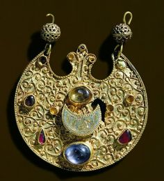 Gold pendant-Treasure of Środa Śląska,Poland,ca. 12th century.