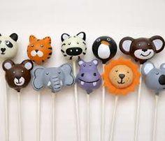 animal cake pops  http://www.hellobabycakes.co.uk/wp-content/uploads/2013/10/zoo-cake-pops-690x590.jpg