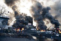 Die Lage auf dem Unabhängigkeitsplatz in Kiew eskaliert: Brutal gehen die Regierungskräfte gegen die Demonstranten vor. Zudem habe es mehrer...