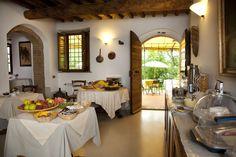 dinner at a tuscan farm house | Il Rosolaccio - Tuscan farmhouse in San Gimignano, Apartments, Bed and ...