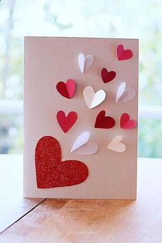 Carte de Saint-Valentin : 5 DIY réalisés avec amour - New Hair Style Diy Valentines Cards, Valentine Crafts For Kids, Mothers Day Crafts, Homemade Valentines, Valentine Ideas, Saint Valentine, Valentine's Day Diy, Handmade Birthday Cards, Diy Cards