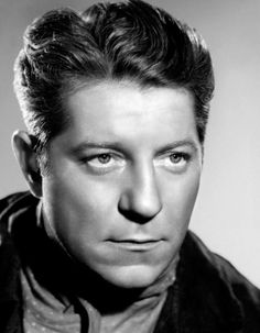 Jean Gabin, the George Clooney of the and the lead actor in a number of famous French films. Jean Renoir, Golden Age Of Hollywood, Classic Hollywood, Old Hollywood, French Movies, Classic Movies, Frances Movie, Star Francaise, Jean Gabin
