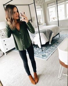 The Latest Winter Fashion Trends & Outfit Ideas Casual Fall Outfits, Fall Winter Outfits, Autumn Winter Fashion, Winter Clothes, Winter Weekend Outfit, Cute Fall Clothes, Girls Weekend Outfits, Simple College Outfits, Winter Style