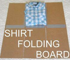 Cómo hacer un doblador de ropa casero con un cartón http://www.ideasdiy.com/ropa-diy/como-hacer-un-doblador-de-ropa-casero-con-un-carton/#.VGPGRfmG_Lo