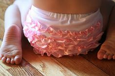 How to make ruffle bloomers