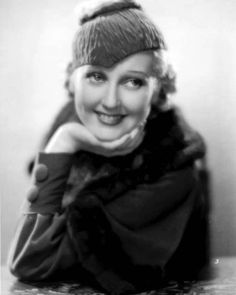 Promo shot of the darling Thelma Todd for The Rich Poor Old Hollywood Glam, Hooray For Hollywood, Hollywood Actresses, Classic Hollywood, Thelma Todd, Suzy Parker, Vintage Headpiece, Laurel And Hardy, Love Hat