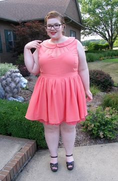 Ugh, it's been sooo hot out lately! Chubby Fashion, Curvy Women Fashion, Plus Size Fashion, Plus Sise, Curvy Girl Outfits, Full Figured Women, Fat Women, Belleza Natural, Plus Size Model