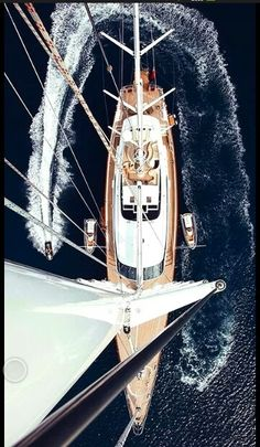 CO to charter sailing yacht PANTHALASSA. Built by Perini Navi in PANTHALASSA yacht offers exquisite interior design and accommodation for 12 guests. Yacht Design, Volvo, Yachting Club, Yacht Boat, Sail Away, Set Sail, Tall Ships, Water Crafts, Belle Photo
