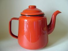 RED ENAMEL TEA POT -165mm HIGH - 3 PINTS - NEW - BUY TWO NO EXTRA SHIPPING IN UK