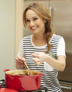 Giada De Laurentiis has a not-very-well-kept secret stashed in her culinary arsenal that will transform some of your favorite recipes. And as we launch into soup season, the timing couldn't be more … Sugar Free Recipes, New Recipes, Favorite Recipes, Holiday Recipes, Soup Recipes, Banana Dessert, Dessert Bread, Croatian Recipes, Hungarian Recipes