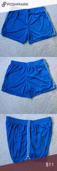 Champion Women's Mesh Shorts Champion Women's Mesh Shorts. Light blue shorts in size XXL. Very comfy shorts used but still in good condition. ((Has 3 little snags shown on last 2 pics)). Champion Shorts