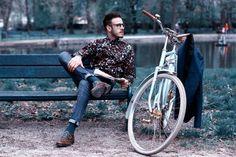 Egriders retro fashion bicycle vintage bike beard man #egriders #retro #vintage #bike #bicycle #beardman Bike Fashion, Beard Man, Retro Style, My Style, Bike Style, Vintage Bicycles, Retro Fashion, Retro Vintage, Retro Styles