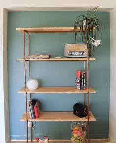 tuto pour fabriquer une tag re style industriel en planches de bois et tuyaux de plomberie. Black Bedroom Furniture Sets. Home Design Ideas