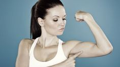 Quatre manières de tonifier vos bras sans matériel Les coûts d'abonnement aux salles de sport augmentent et au lieu d'aller à la salle, faites vos exercices