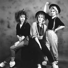 """This great cover by """"Bananarama"""" was released in 1986 where they took it to number 1 in eight countries. This is one thr best girl bands there have been in . Shakespears Sister, Socks Outfit, 80s Costume, Costumes, Vintage Outfits, Vintage Fashion, Timeless Fashion, 80s And 90s Fashion, Girl Bands"""