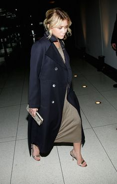 Ashley Olsen Pictures The Winter Dance Celebrates Heavenly Bodies Of The Universe -