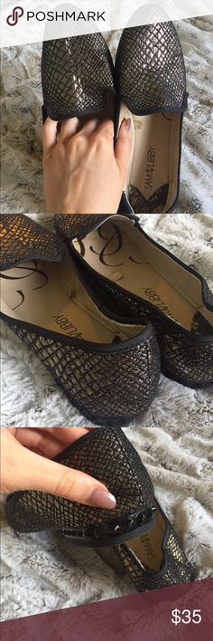 Metallic black gold loafers snake print Sassy little loafers 😘 worn only a handful of times. Cute spike details on the back of the shoes. Neutral color but also brings a pop to an outfit! Sam & Libby Shoes Flats & Loafers