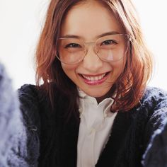 Satomi Ishihara 石原さとみ Satomi Ishihara, Prity Girl, Art Sketches, Short Hair Styles, Beautiful Women, Kawaii, Actresses, Celebrities, Sexy