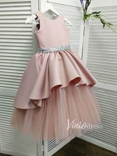 Dusty rose flower girl dress Dusty rose flower girl dress,Flower Girls Cute Dusty Rose Flower Girl Dresses – Viniodress There are images of the best DIY designs in the world. Some images have. Gowns For Girls, Dresses Kids Girl, Girls Party Dress, Baby Dresses, Pageant Dresses, Cute Flower Girl Dresses, Flower Girls, Flower Girl Outfits, Dusty Rose Dress