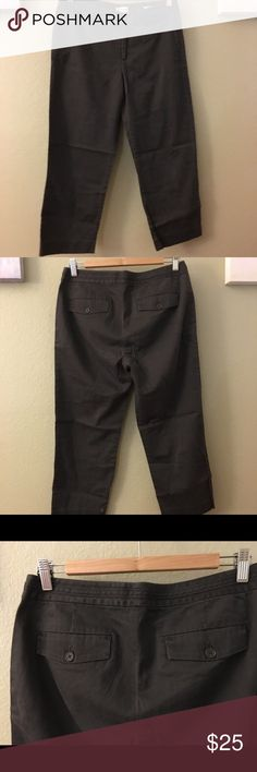 Calvin Klein Capris These cute brown capris Calvin Klein bottoms are a size 6. Good condition. No stains and no tares. However it is a bit faded, hence the low price :)   #calvinklein #calvinkleincapris #capris #brown #bottoms #ck #size6 Calvin Klein Pants Capris