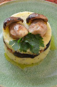 Mademoiselle Marina: Il primo menù di settembre (tortino di patate e finghi porcini)