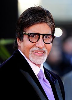 Amitabh Bachchan - the name says it all! The legendary actor, even at is still going strong and continues to be the busiest actor of his generation in the Hindi film industry. Here's a look at the megastar's personal life in these rare pictures. Bollywood Stars, Bollywood News, Vintage Bollywood, Bollywood Actress, Amitabh Bachchan Biography, Sr K, Celebrity Biographies, Star Wars, Akshay Kumar