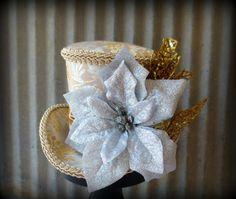 Mini sombrero de Navidad oro y plata Alice in por ChikiBird en Etsy