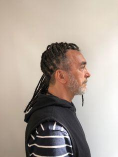 #dreadlocks #rajouts #extensions #cheveuxfrisés #locstyles #dreadstylesformen #crochet Dreads, Extensions, Crochet, Frizzy Hair, I Want You, Dreadlocks, Ganchillo, Goddess Braids, Crocheting