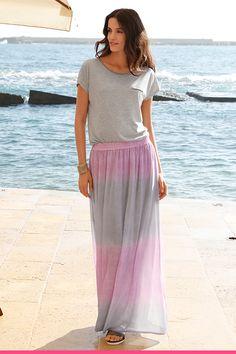 Pitkä maksihame suojaa jalat auringolta Amy, Skirts, Fashion, Moda, La Mode, Skirt, Fasion, Fashion Models