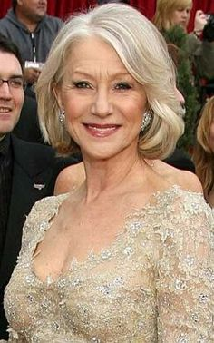 On Helen Mirren, a raisin lip and warm cheeks are striking with blue eyes #blue eyes #makeup