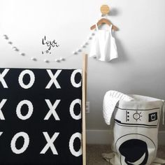 Large Reversible XOXO Blanket - love this in a black and white nursery!