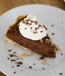 Easy No-Bake Chocolate Silk Pie
