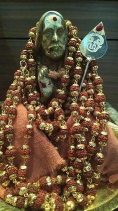 Saints Of India, Hindu Mantras, Krishna Radha, God Pictures, Hindus, Indian Gods, Lord Shiva, Ganesha, Bliss