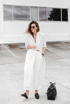White chic outfit, black accents, holdall, loafers, summer outfit