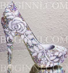 Beauty and the beast Sparkle Wedding Shoes, Sparkly Shoes, Fancy Shoes, Crazy Shoes, Black Nail Designs, Stiletto Nails, Clothes Horse, Trendy Nails, Designer Shoes