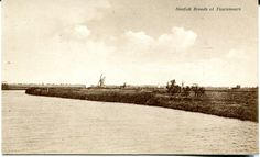 Post card of the Norfolk Broads at Thurnham - not used so no post mark to date it and no value givben for the stamp required.